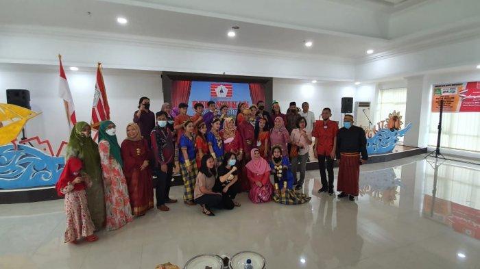 Pelantikan KKSS Mapanget di Balai Dikat dan Standarisasi Industri Manado, Minggu (14/3/2021).