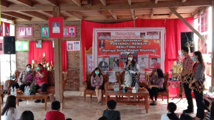 Peluncuran Posyandu Remaja Kelurahan Tonsaru, di Wale Ne Tonaas Tonsaru, Kamis (06/05). Kegiatan berlangsung dengan menerapkan protokol kesehatan.