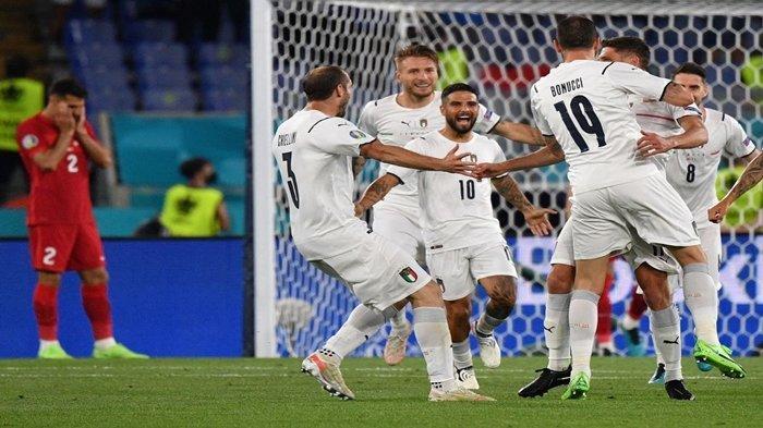 Pemain Juventus Cetak Gol Bunuh Diri saat Italia Bungkam Turki, Lorenzo Insigne Puji Roberto Mancini