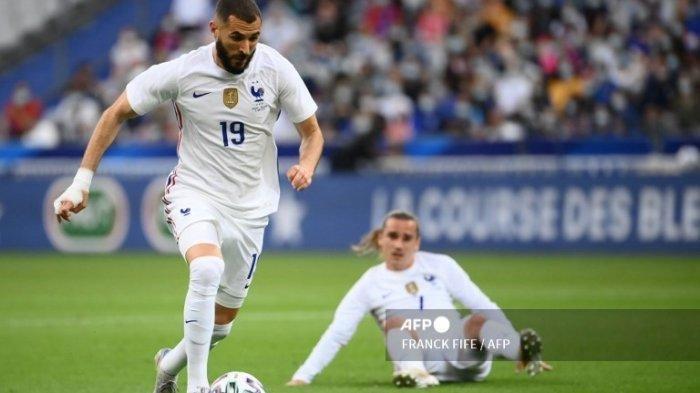 Pemain Timnas Perancis, Karim Benzema dalam pertandingan Prancis vs Bulgaria di Stade De France in Saint-Denis, 8 Juni 2021.