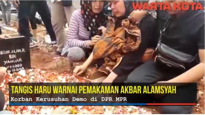 Pemakaman Akbar Alamsyah Korban Kerusuhan Demo DPR, Tonton Videonya