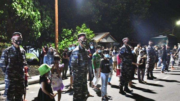 Kenang Prajurit KRI Nanggala-402, Masyarakat Kepulauan Sangihe Nyalakan 1.000 Lilin