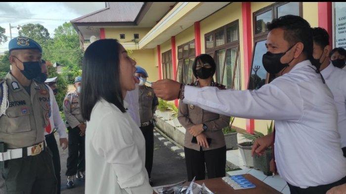 17 Personil Polres Tomohon Secara Mendadak Jalani Tes Narkoba