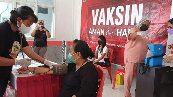 Warga Kabupaten Sitaro Antusias Terima Vaksin Moderna
