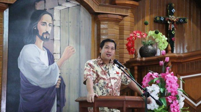 Pemerintah Kucur Bantuan Rp 100 Juta untuk Gereja, Ini Pesan Wagub Steven Kandouw