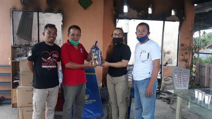 Dinas Sosial Sulut Salurkan Bantuan ke Korban Kebakaran Rumah di Minahasa Utara