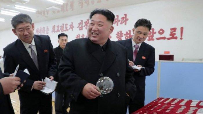 Kim Jong Un Ingin memodernisasi Pabrik Kaca Taegawan