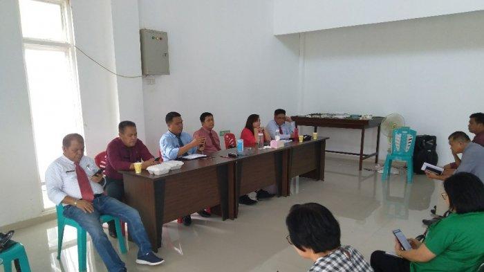 Pemkab Buka Call Center Covid-19/Virus Corona