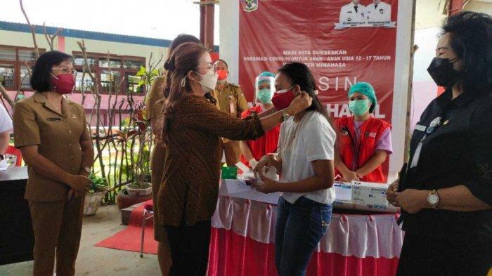 300 Pelajar SMA di Minahasa Terima Vaksin Tahap II