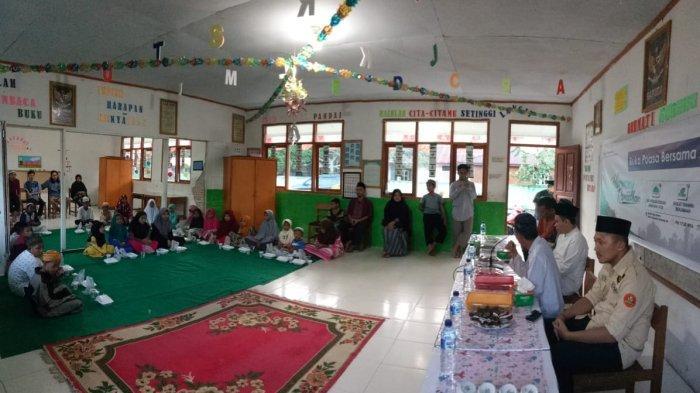Pemuda Muhammadiyah Berbagi Kasih dengan Anak Panti