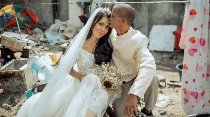 Kisah Mengharukan di Balik Foto Pernikahan Pemulung yang Viral, Ada Fakta Tak Terduga yang Terungkap