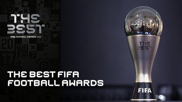 Penampakan trofi pemain terbaik FIFA.