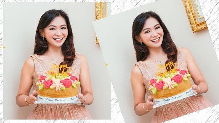 Masih Ingat Nenek Cantik Puspa Dewi Rayakan Hut Ke 53 Kini Makin Cantik Dan Awet Muda Tribun Manado
