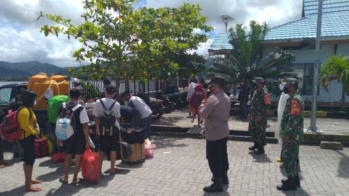 Penanggulangan Covid-19 terus digencarkan Polri dan TNI bersama Tim Gabungan di wilayah Beo, Kabupaten Talaud, Sulawesi Utara.