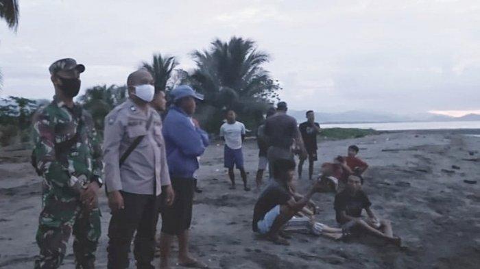Pencairan Warga hanyut di laut