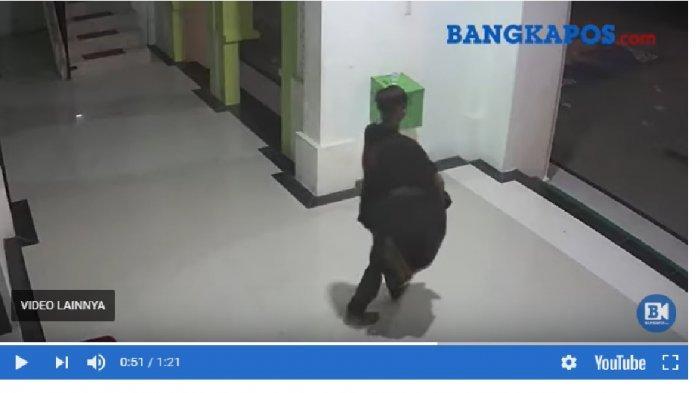 REKAMAN CCTV Detik-detik Pencurian Kotak Amal Masjid Muhajirin, Durasi Video 1 Menit 21 Detik