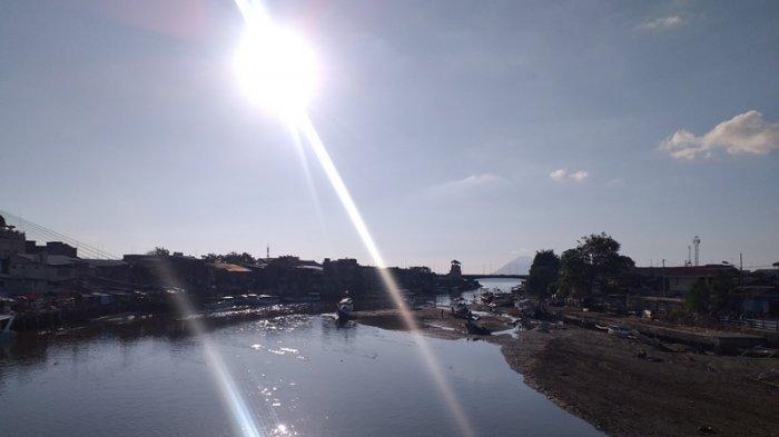 Pendangkalan DAS Tondano Semakin Parah, Nelayan Terpaksa Mendorong Lebih Jauh Perahunya