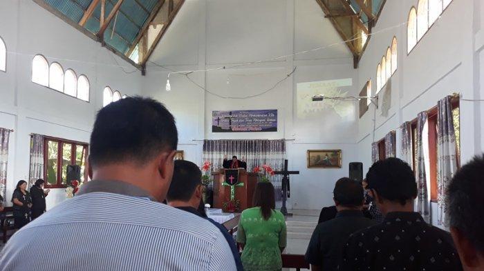 Pendeta Nikson Manoppo Akan Lakukan Perjamuan Kudus di Rumah Jemaat yang Sakit