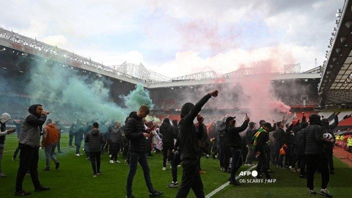 Laga Manchester United vs Liverpool Ditunda, Fans Serbu Old Trafford, Protes Kepemilikan Klub