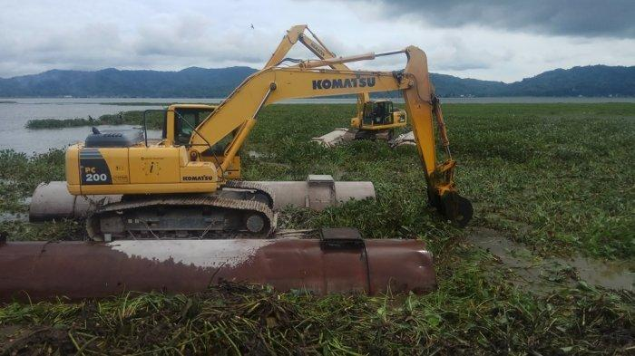 Memasuki Masa New Normal, Pemkab Minahasa Konsisten Penanganan Eceng Gondok Danau Tondano