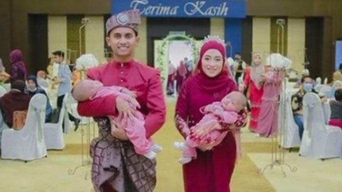 Pengantin Ini Buat Undangan Terkejut, Mereka Gendong Dua Bayi di Pelaminan, Siapa Itu?