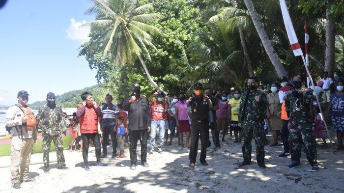 Pangdam XIII/Merdeka Mayjen TNI Santos G Matondang Serahkan Bantuan Sosial di 4 Pulau