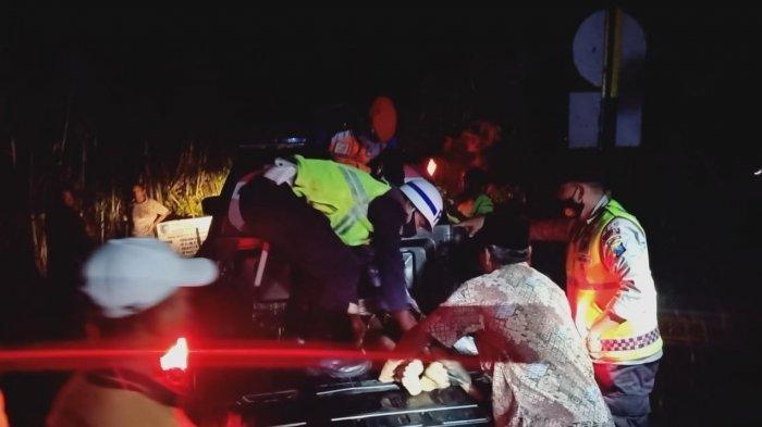 Kecelakaan Maut Pukul 17.45 WIB, Pria Naik Shogun Tewas, Korban Tak Mengetahui Ada Kereta Lewat