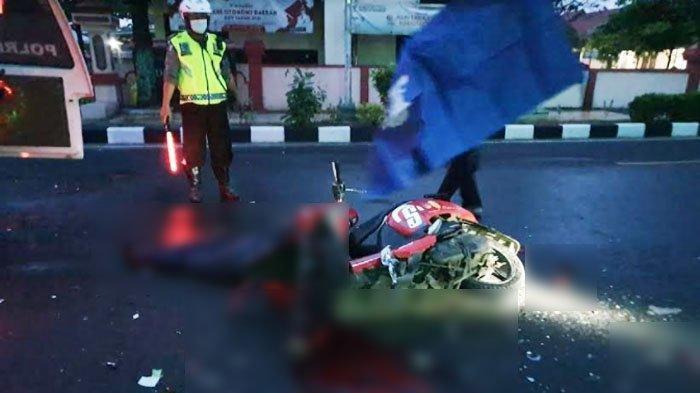 Kecelakaan Maut Tadi Subuh Pukul 05.00 WIB, Pengendara Motor Scoopy Tewas, Korban Hantam Truk Parkir