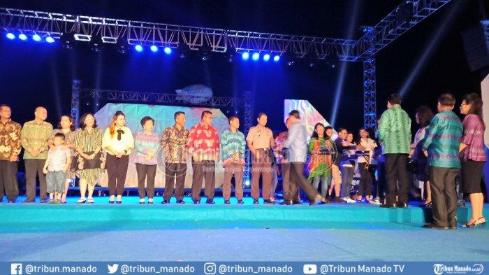 Manado Fiesta Mendunia, Turis Asing Saksikan Masamper