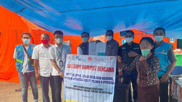 PT Pelni, Dewan Kerajinan Nasional & PT Pelindo II Serahkan Bantuan untuk Korban Bencana Sulbar