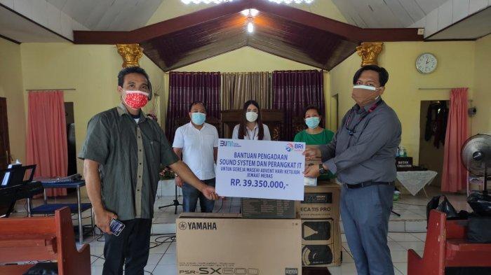 Bina Lingkungan BRI Manado Bantu Sound System dan IT Jemaat GMAHK Meras Manado