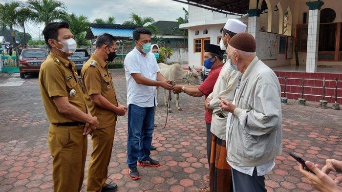 Ketua Fraksi PDI Perjuangan DPRD Bitung Geraldi Mantiri Ajak Teladani Dua Imam