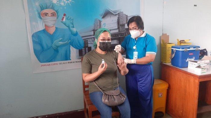 880 Nakes di Tomohon Sudah Disuntik Vaksin Moderna