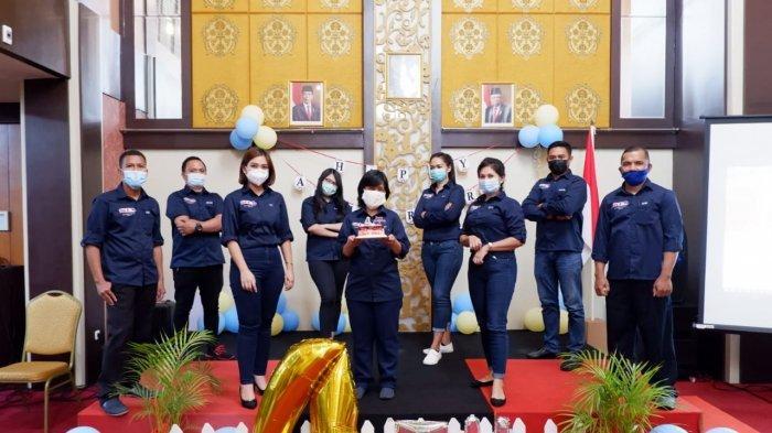 Perayaan HUT ke-4 JLe's Boutique Hotel Manado digelar sederhana dengan melaksanakan donor darah hingga berbagi kasih ke anak-anak berkebutuhan khusus.