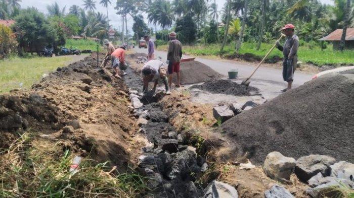 Ditargetkan Desember Beroperasi, Pekerjaan Jalan Silian Tombatu Kabupaten Mitra Dikebut