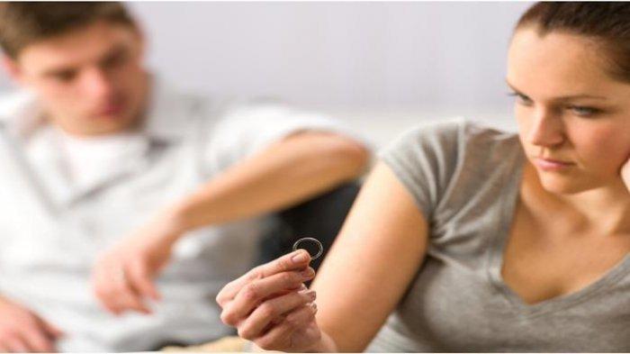 Dua Kasus Perceraian Ini Berujung Sampai Bongkar Rumah