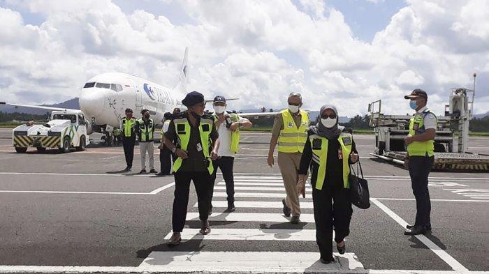 Tenaga Kerja Asing Cina Transit di Sulut, Hendak Kerja di Maluku Utara, dan Sulawesi Tengah