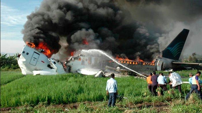 Ingat Kecelakaan Garuda Berhasil Mendarat Namun Meledak hingga Puluhan Tewas? Hari Ini Peringatannya