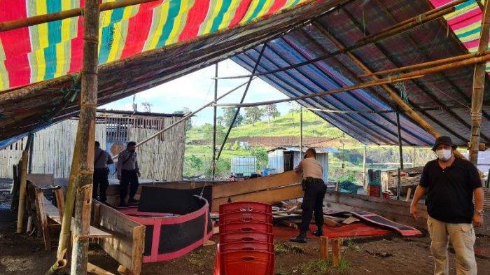 Polisi Bubarkan Tempat Judi Sabung Ayam di Bitung