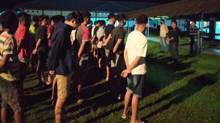 Cegah Penyebaran Narkotika, Petugas LPKA Tomohon Lakukan Razia di Seluruh Blok Hunian
