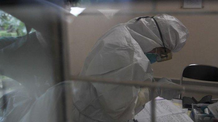 Anne Avantie Stop Sementara Produksi Kebaya, Buat APD untuk Petugas Medis