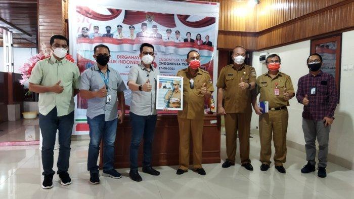 Pimpinan Tribun Manado saat melakukan kunjungan bersama Bupati Minahasa Dr Ir Royke Octavian Roring di Rumah Dinas Bupati, Selasa (5/10/2021).