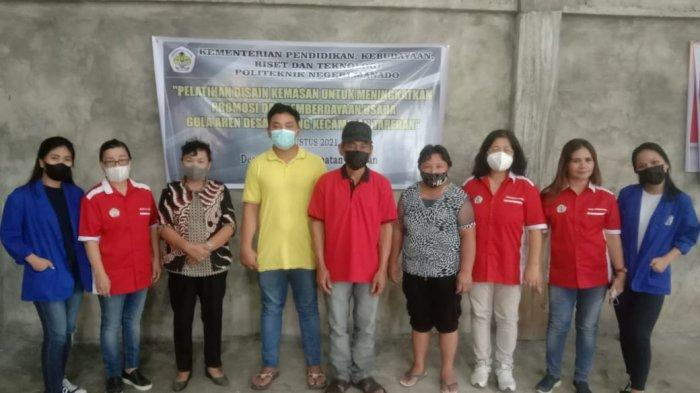 Tim PKM Polimdo Ajarkan Desain Kemasan Bagi Petani Gula Aren di Desa Koreng Minsel
