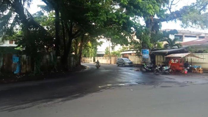 Kisah Pohon Beringin di Tengah Jalan Manado, Ditebang Tak Mempan Kini Jadi Lokasi Kuliner