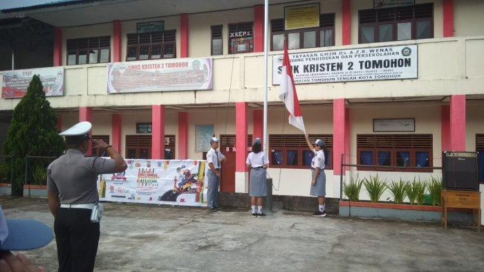 Personel Satlantas Polres Tomohon Jadi Irup di SMK Kristen 2, Sosialisasikan Tertib Berlalu Lintas