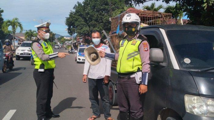 Di Minsel, Satu Mobil Kedapatan Pakai Toa, Langsung Disuruh Gergaji dan Copot oleh Polisi