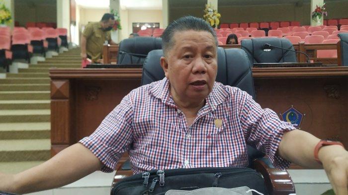 Hari Ini Anggota DPRD Sulut Divaksin, Arthur Kotambunan Dapat Giliran Pertama