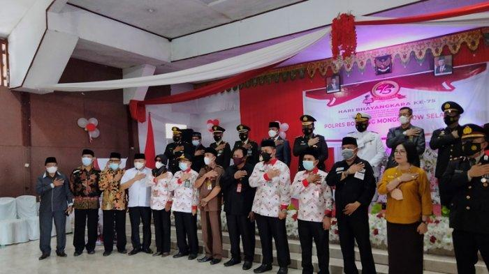Polres Bolsel Rayakan HUT ke-75 Bhayangkara Bareng Presiden Joko Widodo