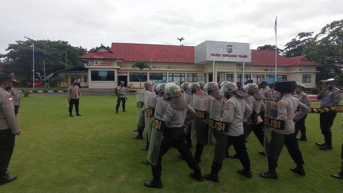 Polres Kepulauan Talaud mulai menggelar latihan Pengendalian Massa (Dalmas)