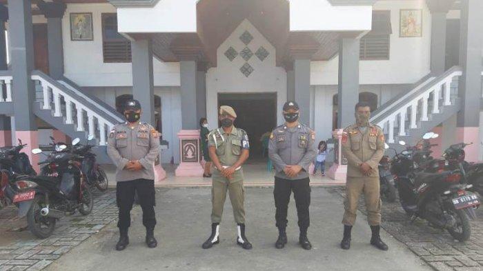 Ratusan Personel (Polres) Kepulauan Talaud diturunkan untuk mengamankan perayaan Idul Fitri 1442 Hijriah, serta Ibadah memperingati Kenaikan Isa Almasih